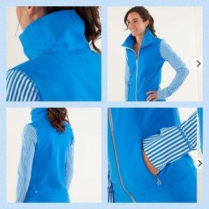 Lululemon Daily Yoga Jacket Beaming Blue Stripes 6